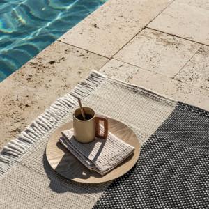 tres outdoor rug